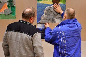 Your Alps 6 Obiskovalci so z rokami ogledovali reliefno sliko kozoroga