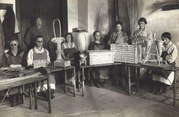 Pletarska delavnica 1926-27 foto: Arhiv Pokrajinskega muzeja Kočevje